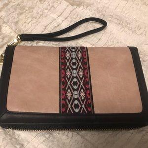 Steve Madden Nordic print clutch wallet